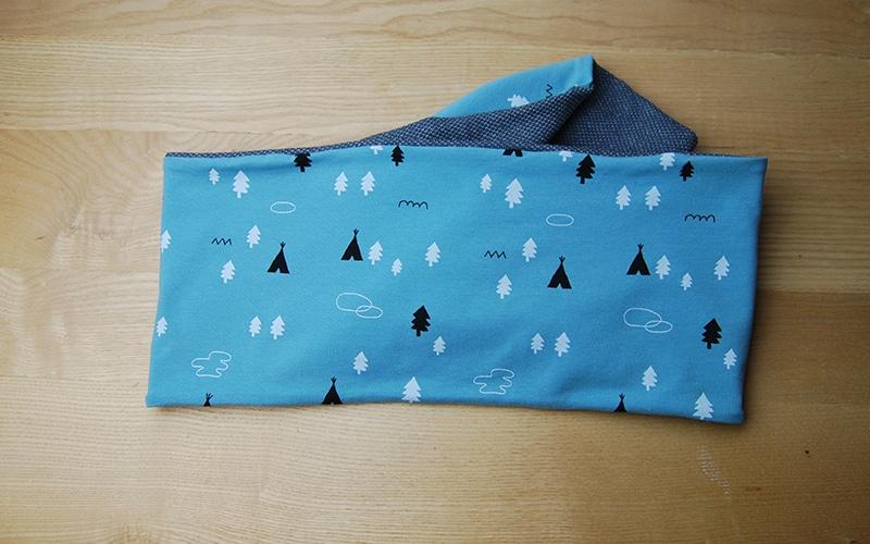 Tour de cou (snood) de la boutique Elle virevolte Bandeaux et accessoires en tissu bio GOTS. Création française (Aveyron)